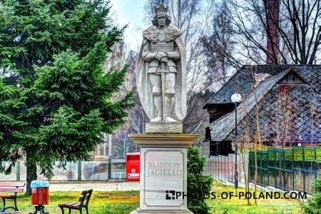 Bliżyn: a statue of Polish King Wladyslaw Jagiello