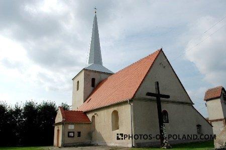 Nowa Jabłona: Kościół