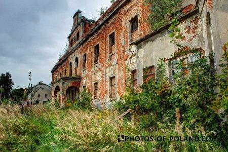 Pałac w Suchej Dolnej