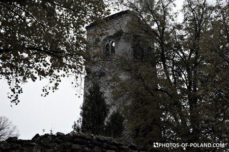 Złotnik ruina wieży kościoła gotyckiego Polska lubuskie
