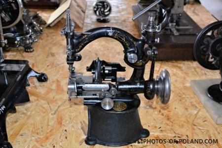 Główka maszyny do szycia z drugiej połowy XIX wieku, Producent: Grossman
