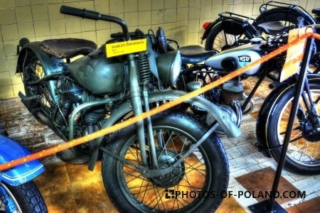 Chlewiska: Motorisation museum Harley-Davidson WLA
