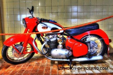 Chlewiska: Motorisation museum Jawa