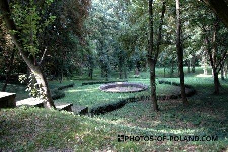 Pałac w Górze: park